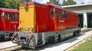Az Mk45,2002 psz. mozdony a hűvösvölgyi fűtőháznál 2003-ban